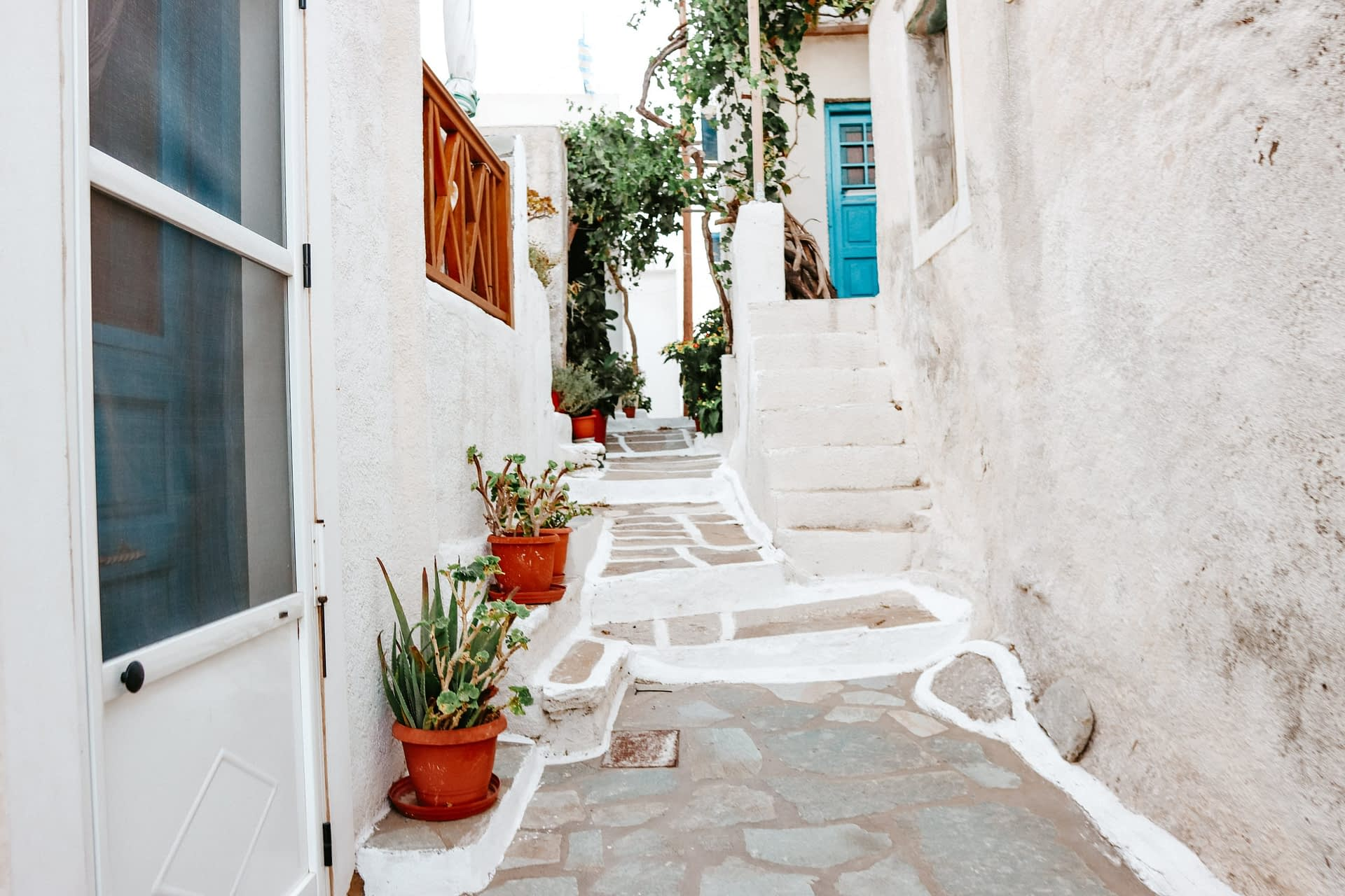 An alley at Ios Chora