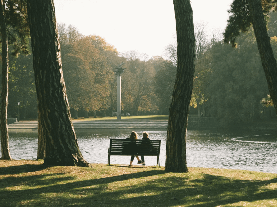 A couple on a bench in Kungsparken. Part of things to do on a day in Malmo