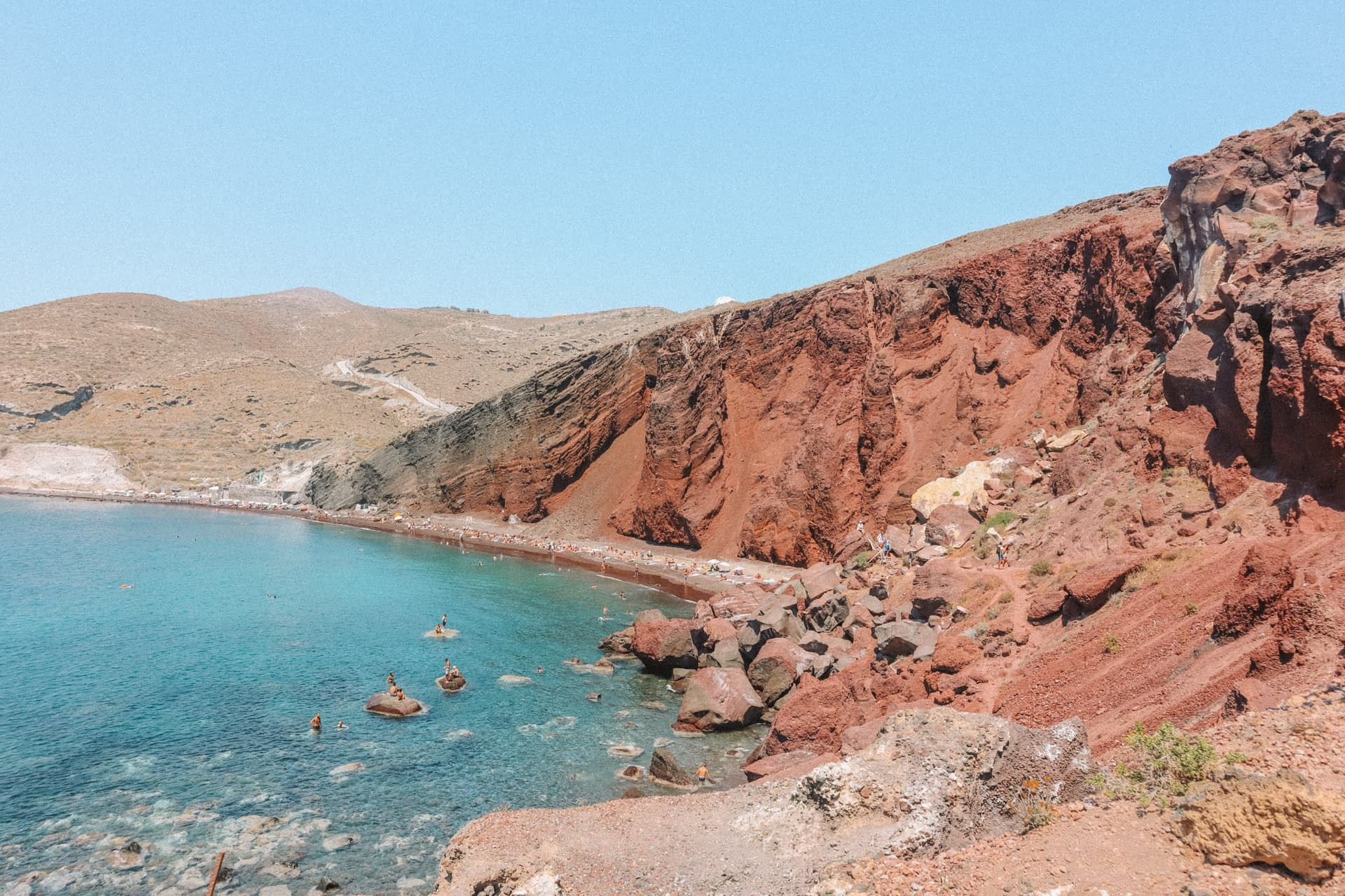 Red beach and cliffs in things to see in Santorini