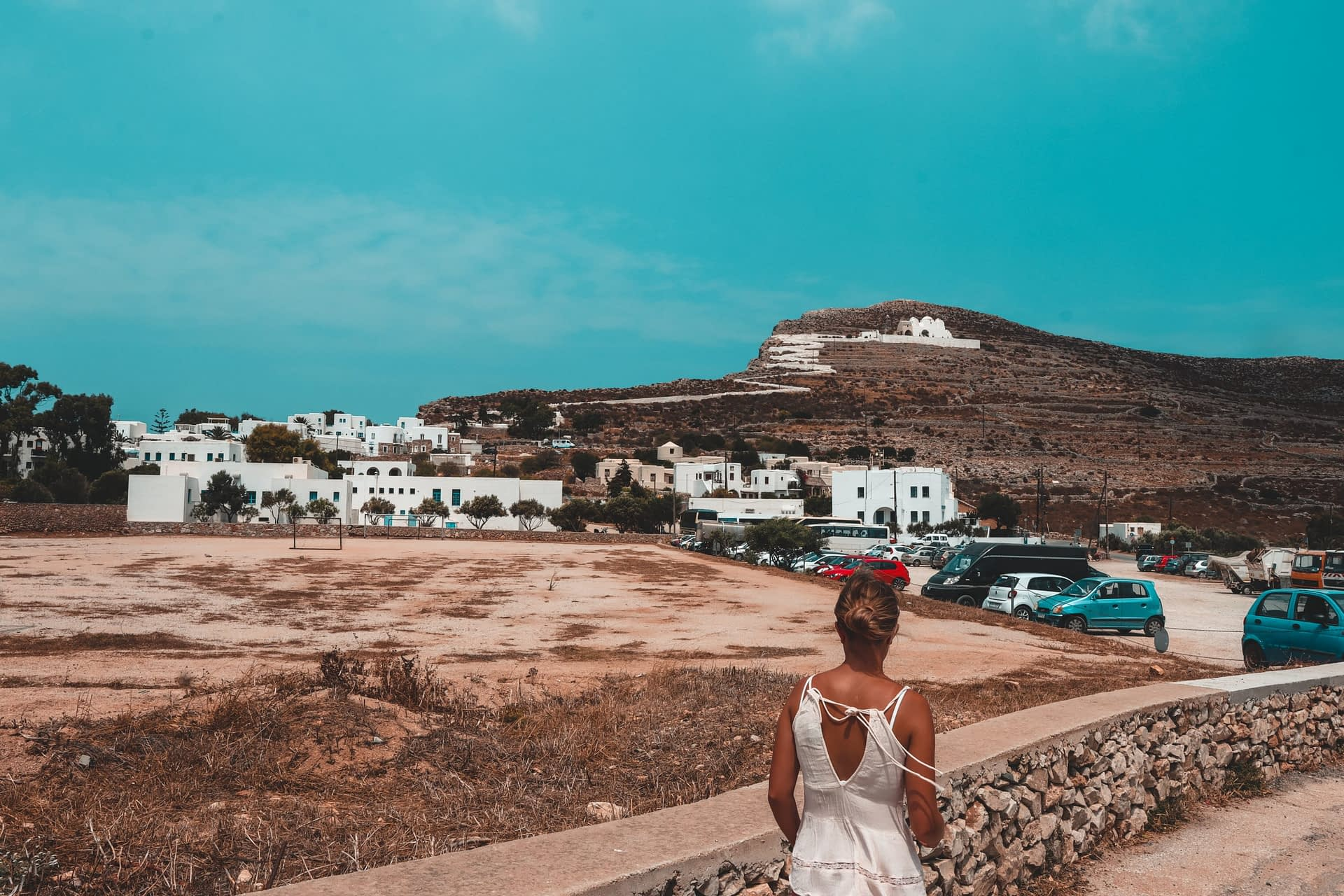 Folegandros Chora and Panagia church. Where to stay in Folegandros