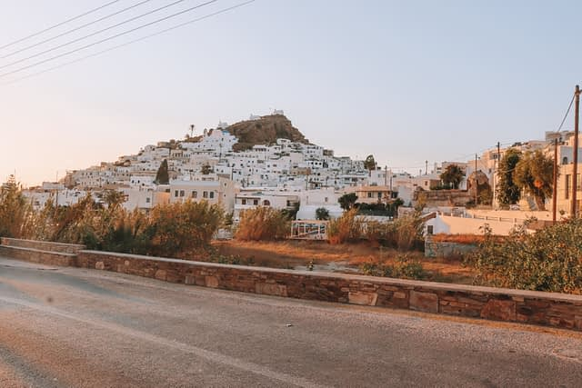 The chora during sunset. Things to do in Ios.